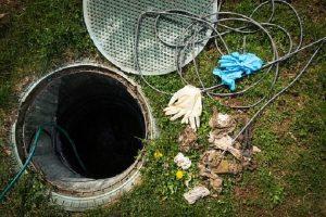 خزانات ارضية في احواش المنازل نقوم بغسيلها وتعقيمها